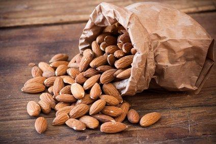 Die 5 besten eiweißreichen Lebensmittel für unterwegs